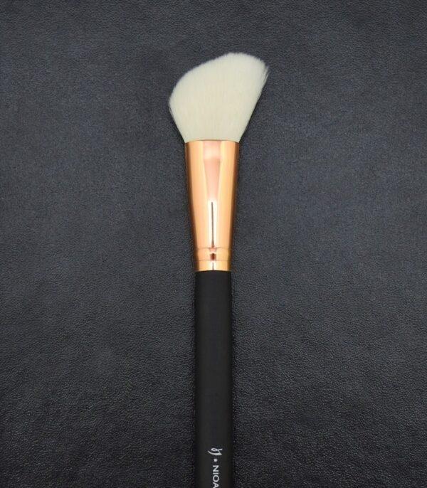 Angled Contour Brush